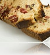 English fruit cake made ​​by Fatafeat